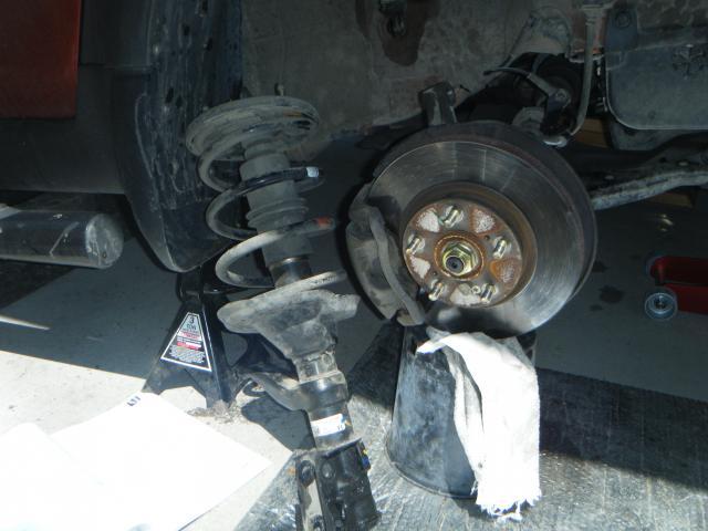 03 11 Honda Element Rear Strut — VACA