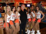 Hooters Brookfield 20100315.jpg