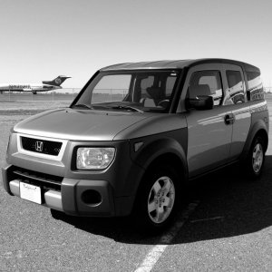 After a thorough washing and waxing I took my Element out to Sacramento Mather Airport for photo shoot.